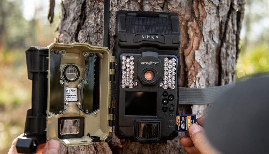 WHY DO SD CARD TYPES AND CLASSES MATTER FOR TRAIL CAMERAS?